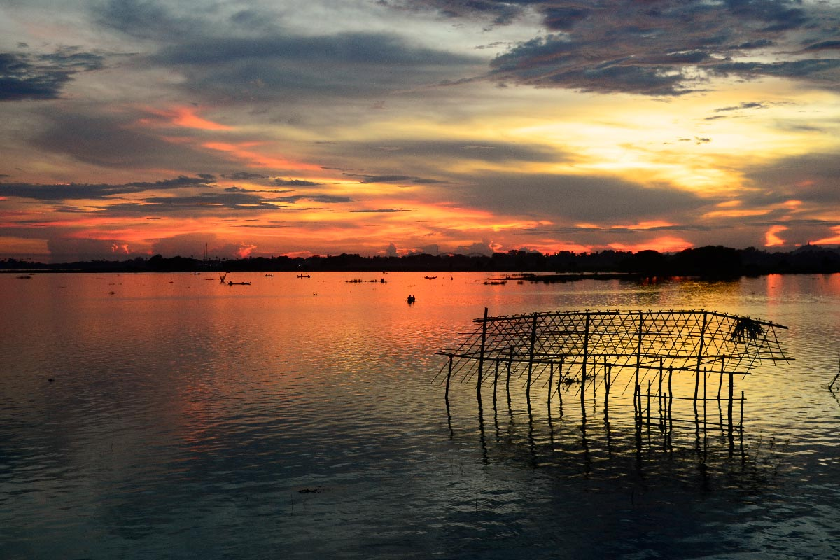Myanmar_birmania_aquidepaso