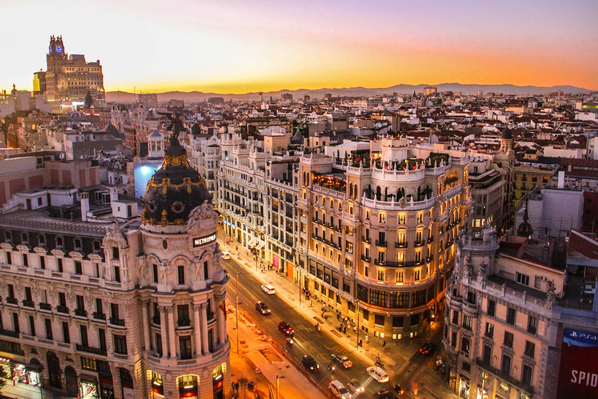 trámites para vivir en Barcelona