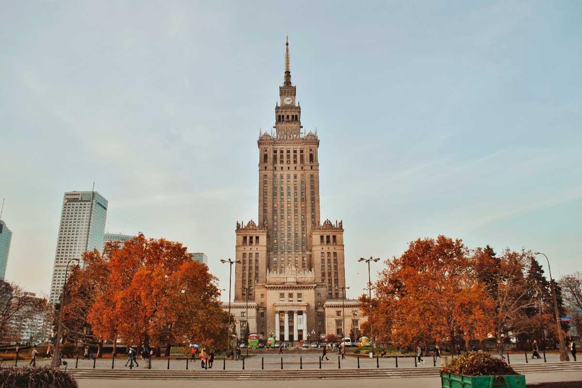 trabajar en Polonia
